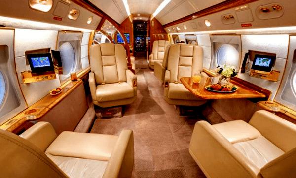 Лионель Месси приобрел частный самолет