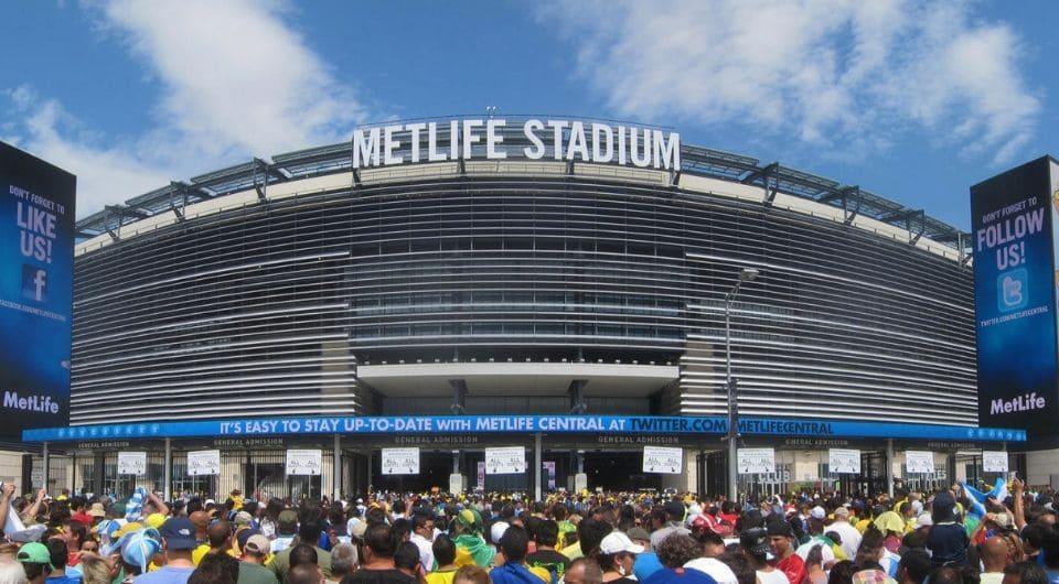 Метлайф Стадион