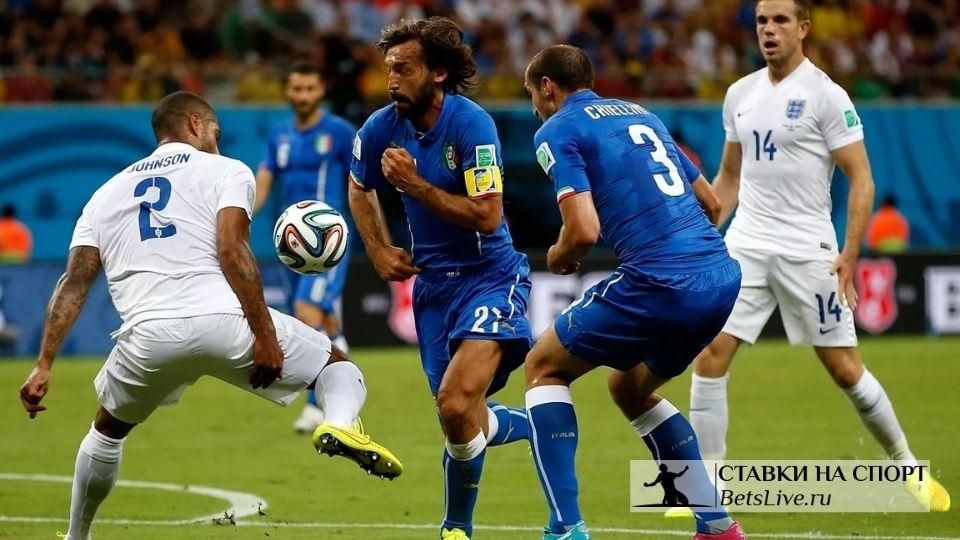 Футболистов в Италии могут принудительно вакцинировать