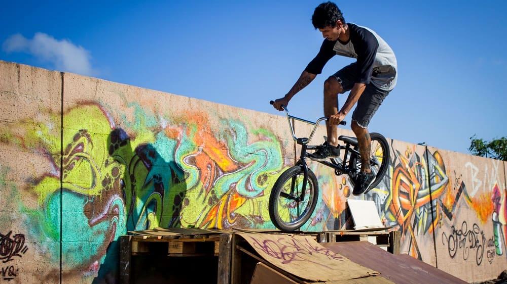 Уличные виды спорта BMX