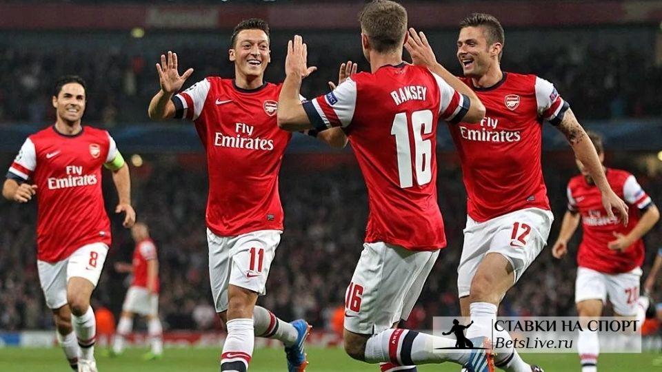 Арсенал доминировал над греками