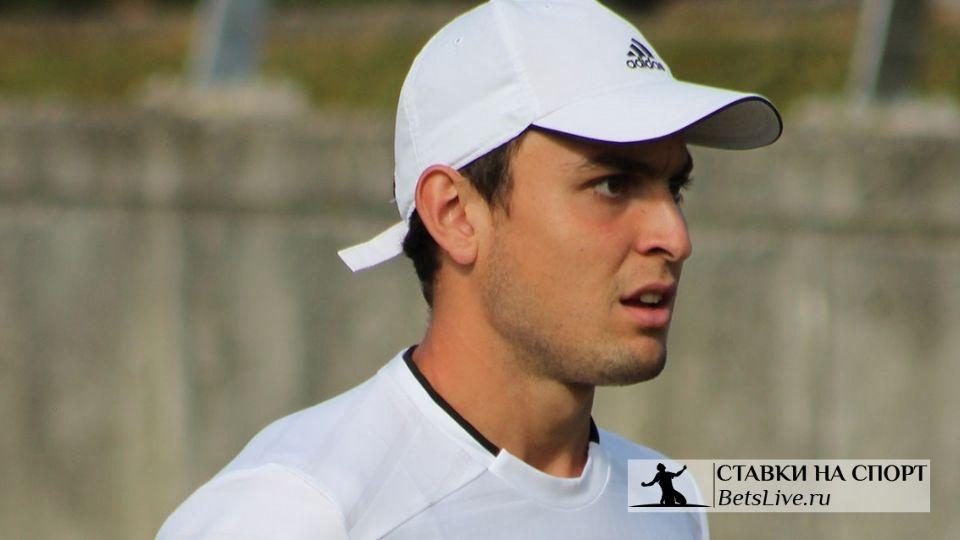 Карацев поднялся в рейтинге на 220 позиций